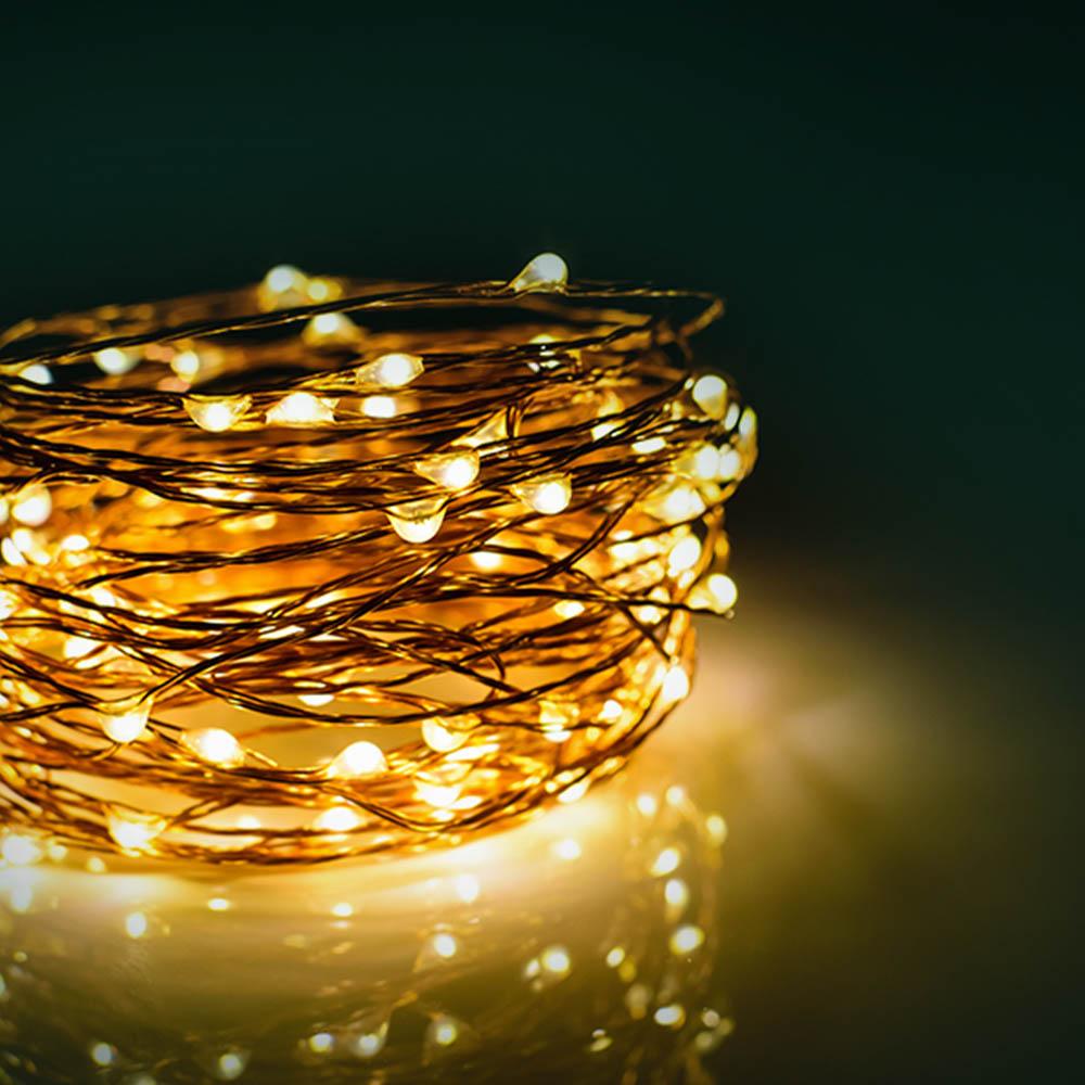 Leuchtende Lichterkette