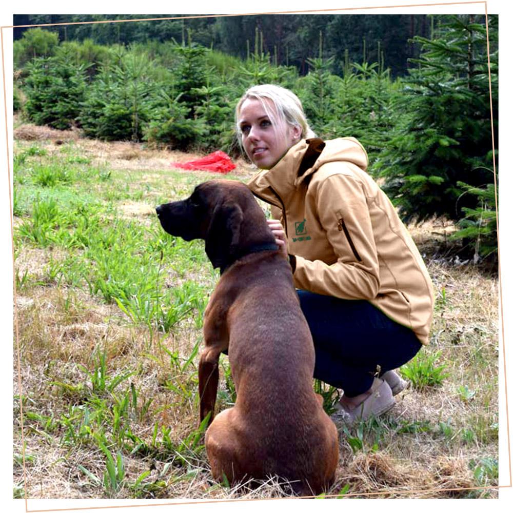 Nadja Bohlig mit Hund